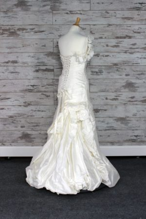 Alfred Angelo-A-line-6-1