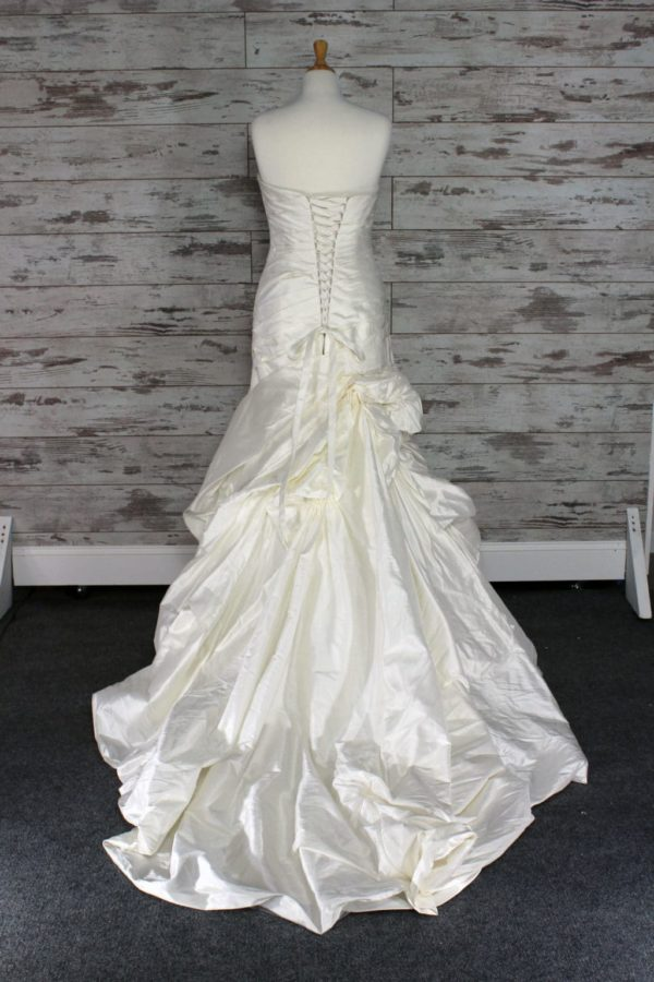 Alfred Angelo-A-line-6-3