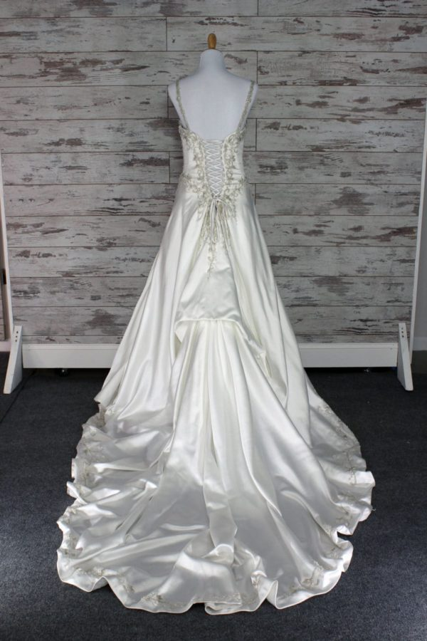 Alfred Angelo-A-line-16-8