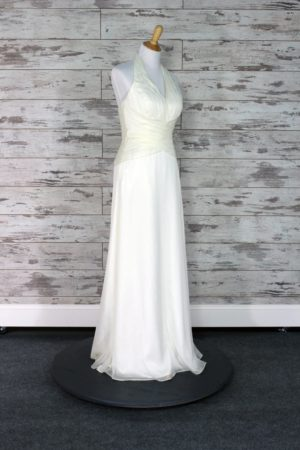 Pronovias-Sheath-10-1