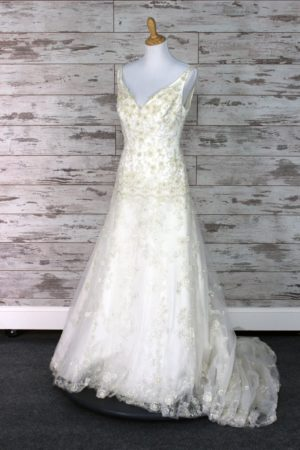 Allure Bridals-Fit -And- Flare-12-4