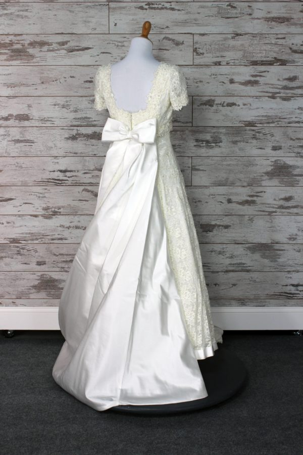 Allure Bridals-Fit -And- Flare-12-5
