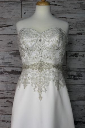 Allure Bridals-Sheath-22W-1