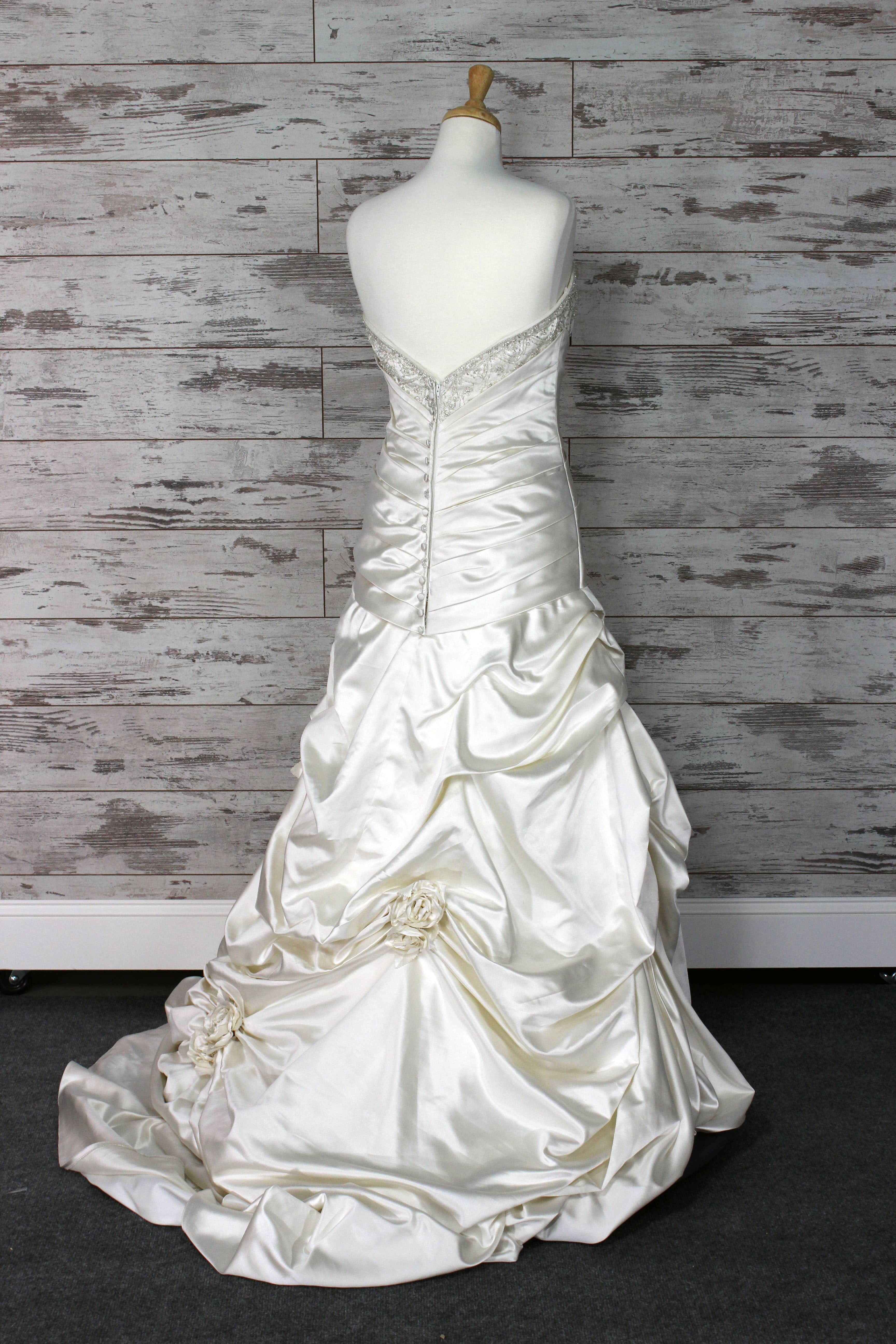 Private label sweetheart wedding dress size 10 for Private label wedding dresses