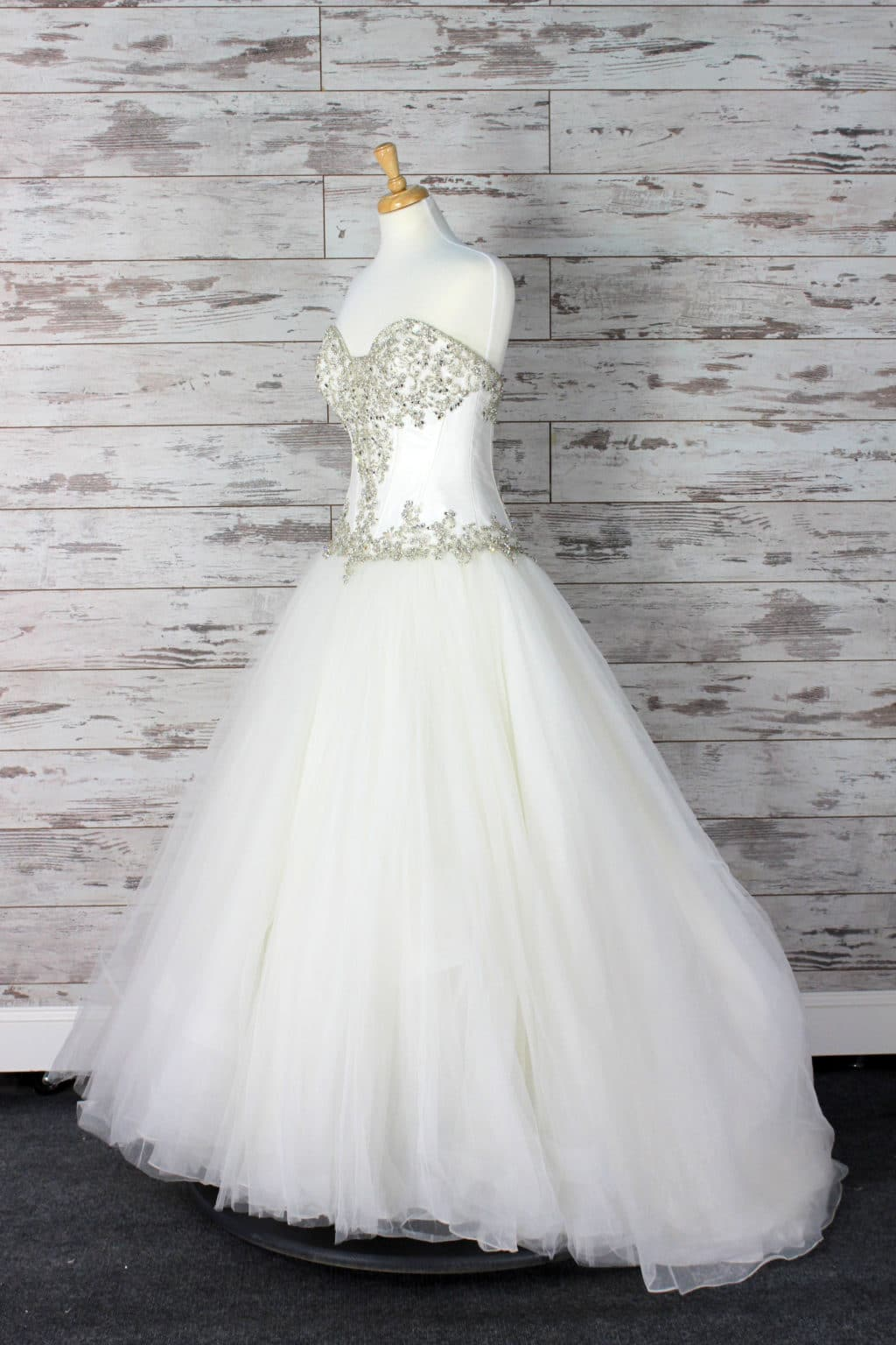 Allure Bridals Sweetheart Wedding Dress Size 8