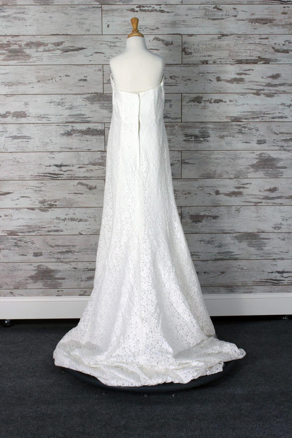 Davids Bridal Halter Wedding Dress Size