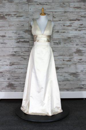 Adele Wechsler A-line Wedding Dress (Cream)