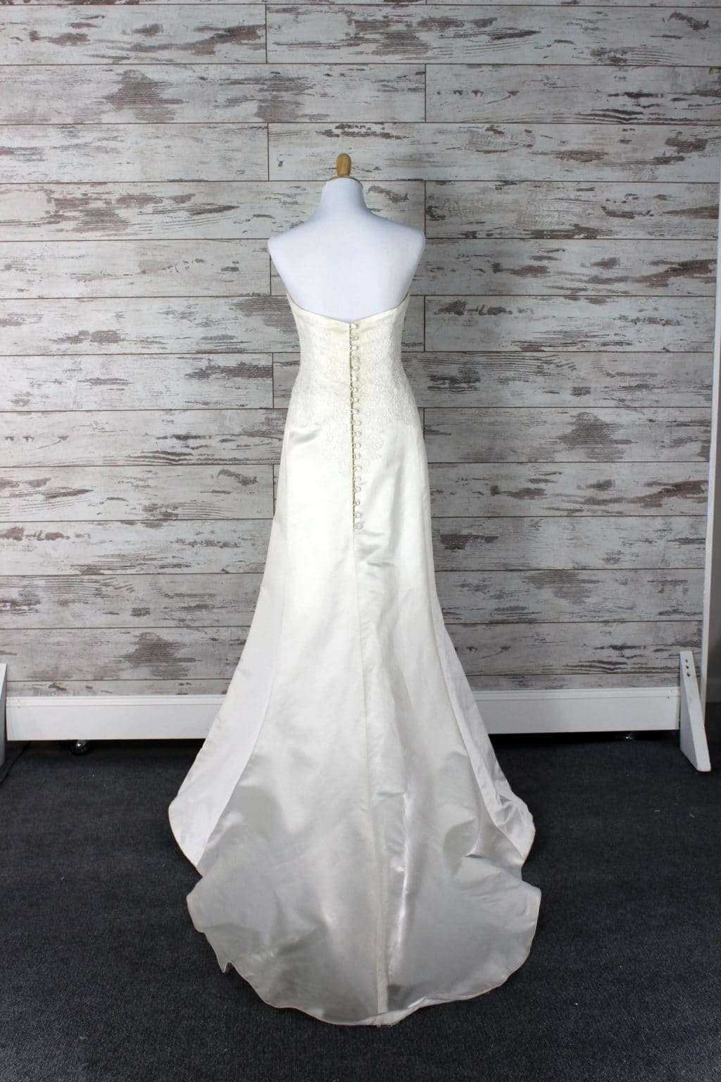 Private label strapless wedding dress size for Private label wedding dresses