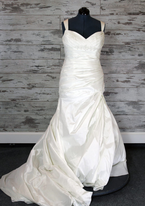 Bridal Australia-Fit -And- Flare-6-7