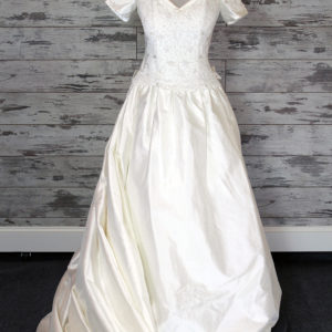 Moonlight Fit -And- Flare Wedding Dress (White)
